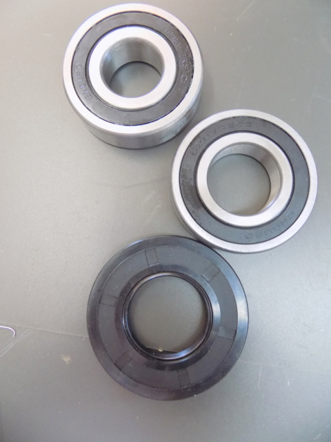 Hobart Mixer P660 Agitator Shaft Upper Bearing BB-6-36 Lower bearing BB-7-1 Agitator Shaft Seal 2922